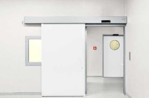 درب کشویی اتوماتیک بیمارستانی